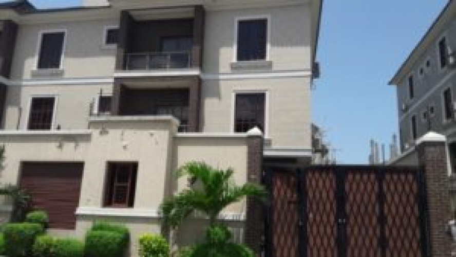 Along Oni-Ikoyi Layout, Banana Island Foreshare Ik, Lagos State, 5 Bedrooms Bedrooms, ,Apartment,For Rent,1122